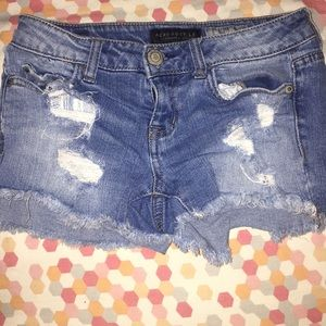 Aeropostale shorty ripped jean shorts